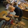 Soitintakentaja Juha Lottonen, Lottonen Guitars Oy, Kirvesmiehenkatu 10, 00880 Helsinki