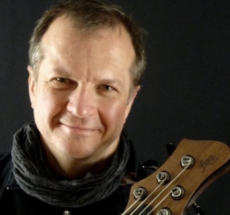 franz bassguitars-portrait photo
