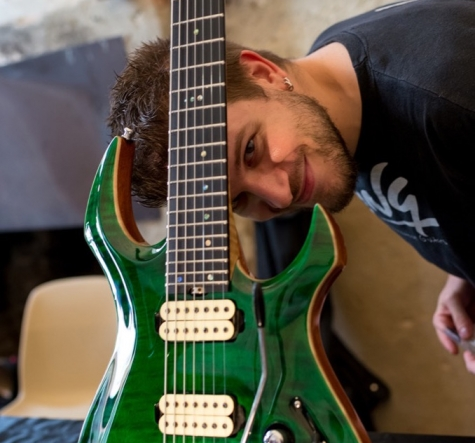 giulio negrini guitars-portrait photo